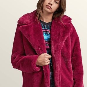 ⭐️HOST PICK⭐️ Georgia May Jagger Faux Fur Coat, S